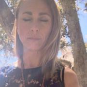 Ivonne Delaflor meditating